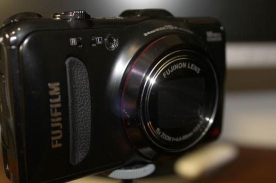 fujifilm 550exr black вид в профиль