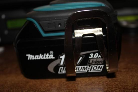 Makita BDF451 - держатель под ремень