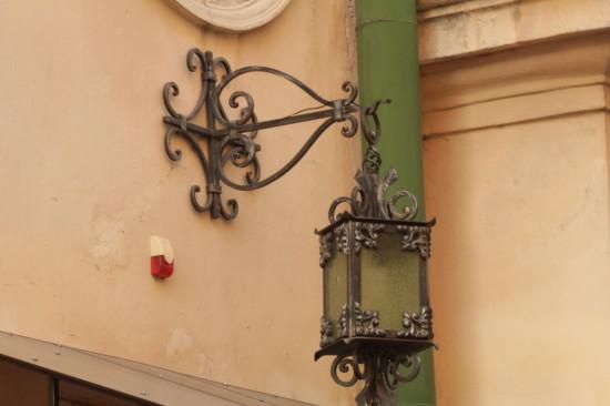 Фонарь в центре Львова
