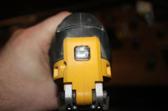 dewalt dwe315 - светодиод подсветки