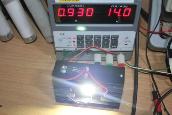 Включение светодиода 10-ть вт к 12в, через ИМС ЛМ 317, что будет?